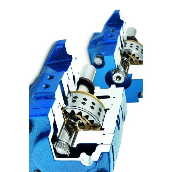 IHI IHI-0781126UA Hydraulic Final Drive Motor #2 image